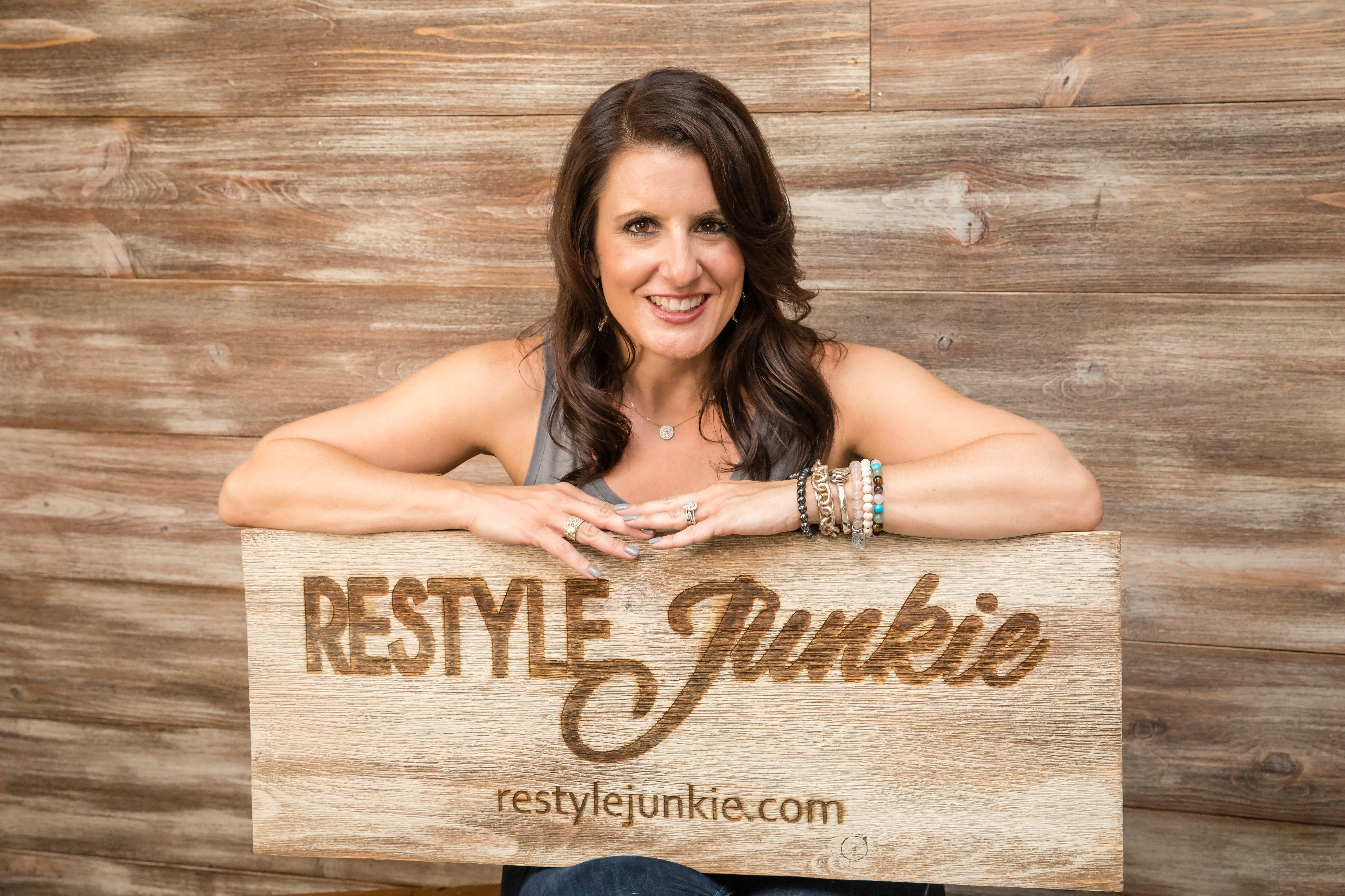 Rachel Elise Trimble, The Restyle Junkie